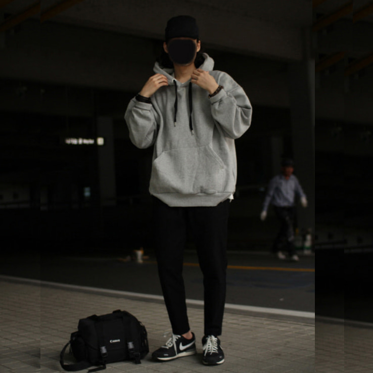 Over-fit Point Grey Hood Tee