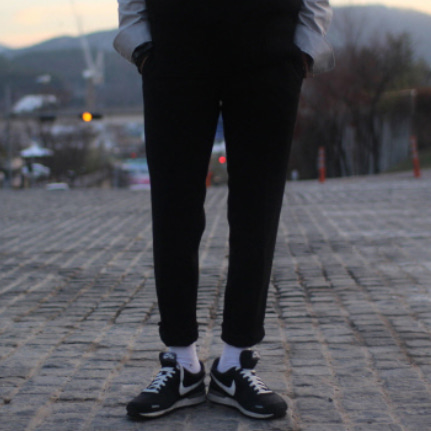 Drop-fit Morden Black Pants(봄.가을 원단)