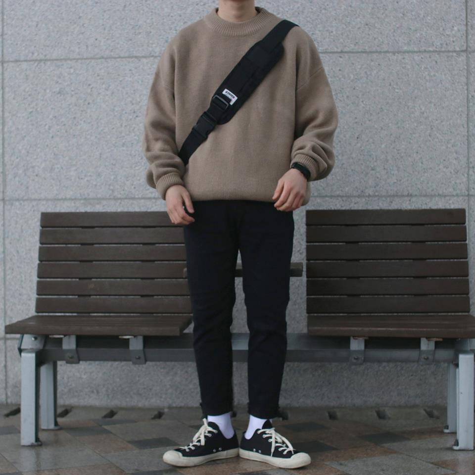 Over-fit CNT Beige Knit