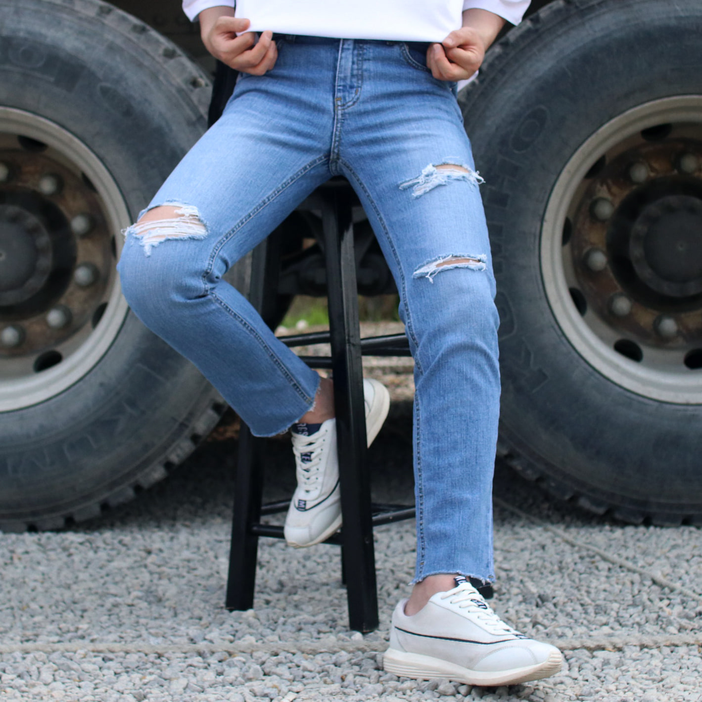 Drop-fit TRACK Denim Jeans