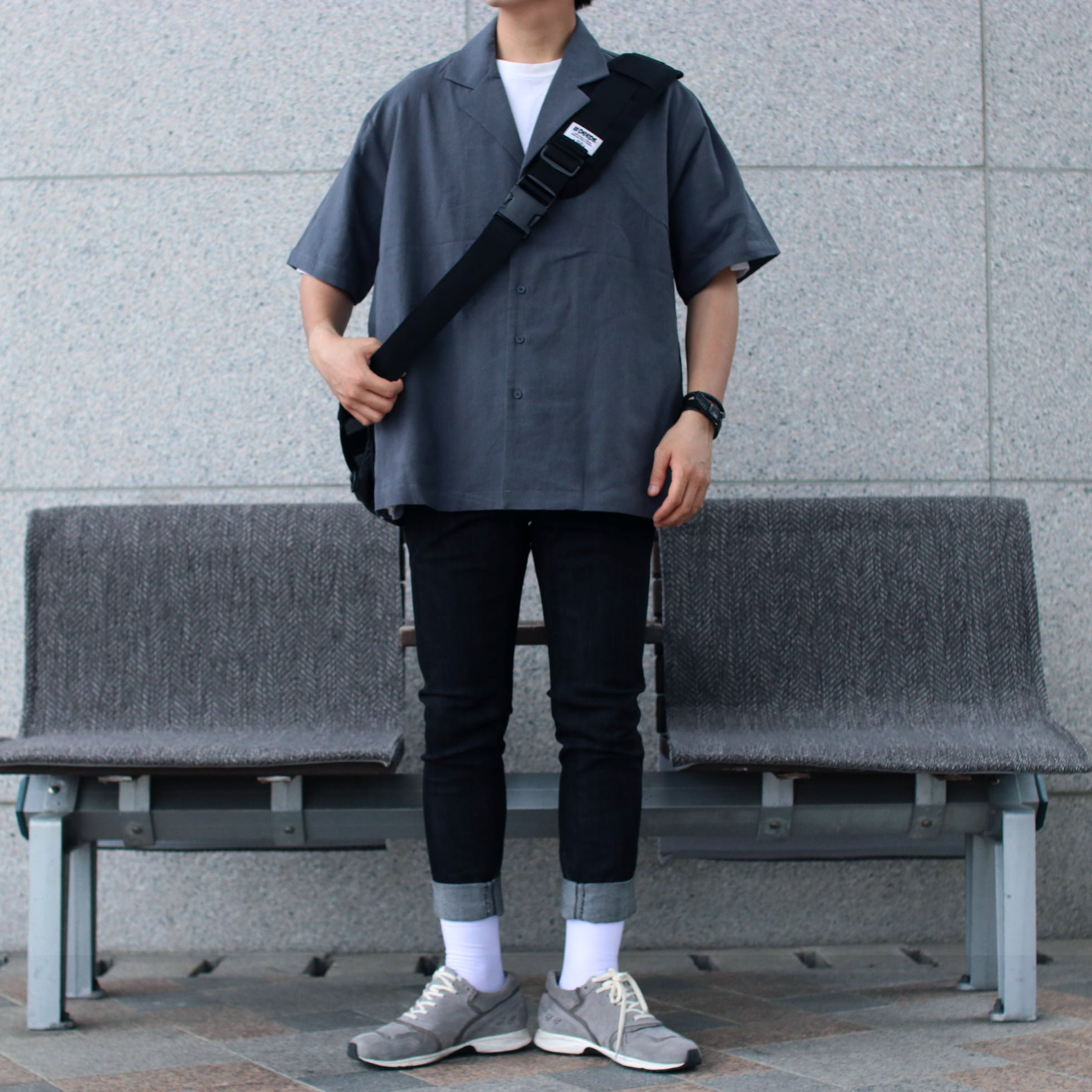 Over-fit Chacoal 1/2 Shirts