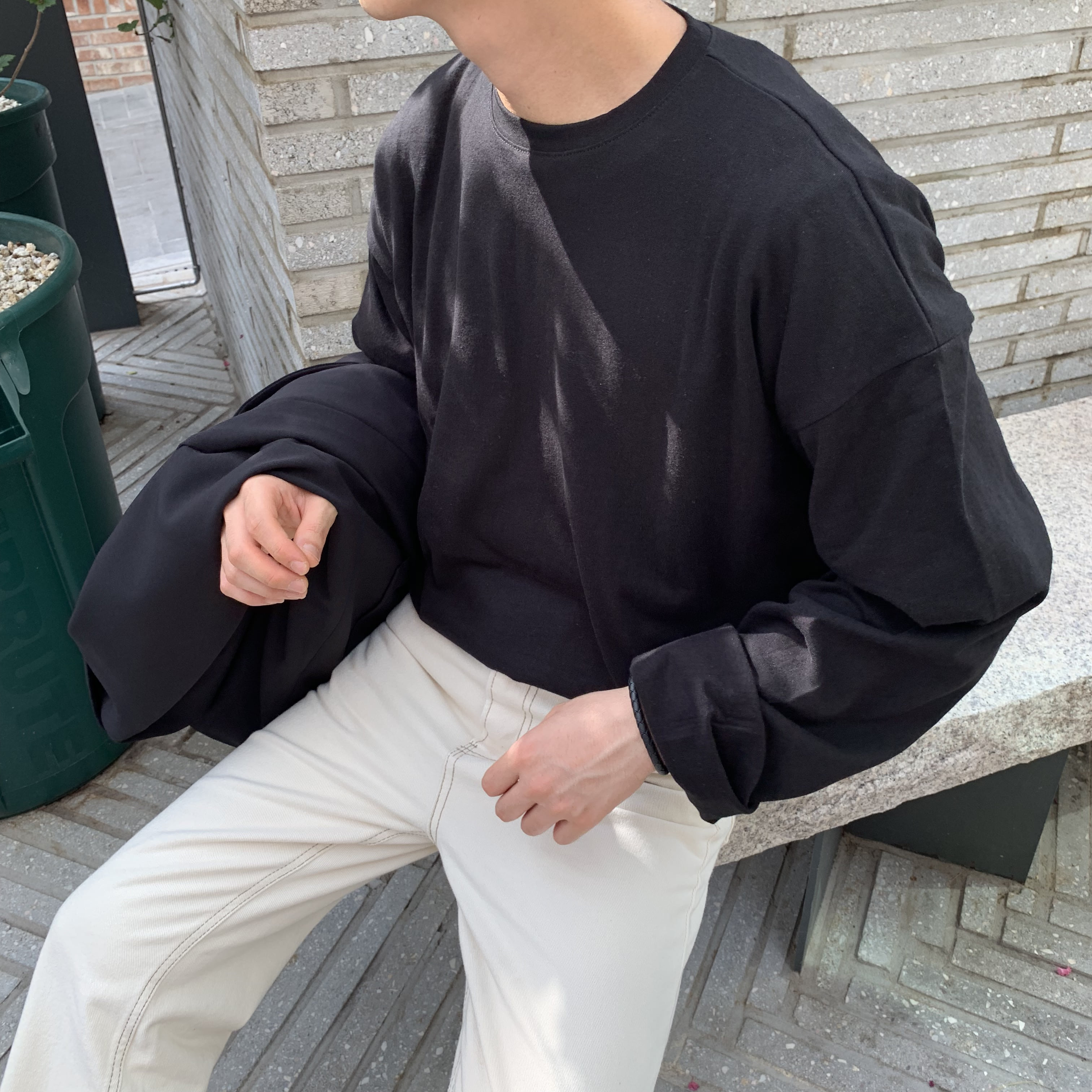 Over-fit NM Black Tee