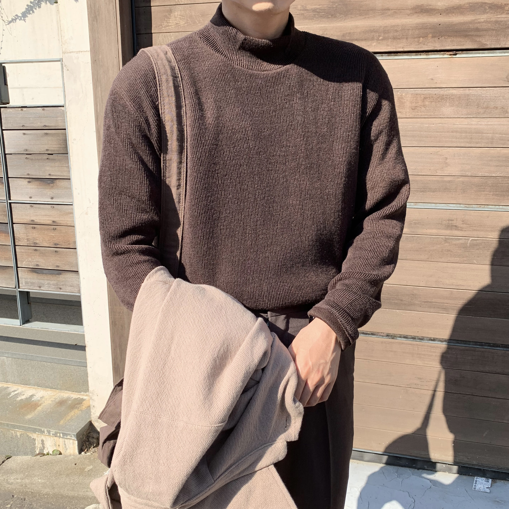 Over-fit HINT Brown Pola knit