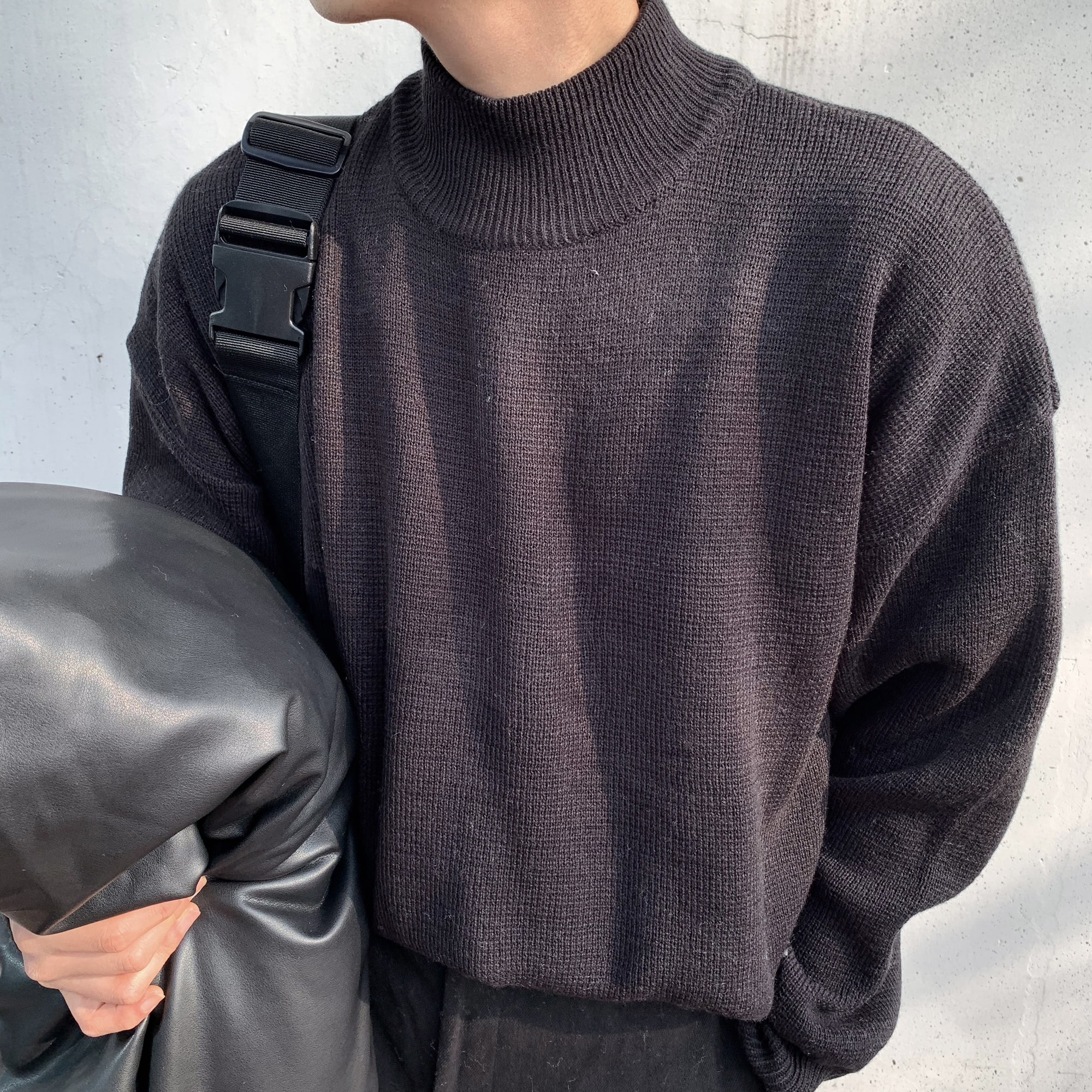 Over-fit NINT Half Neck Knit