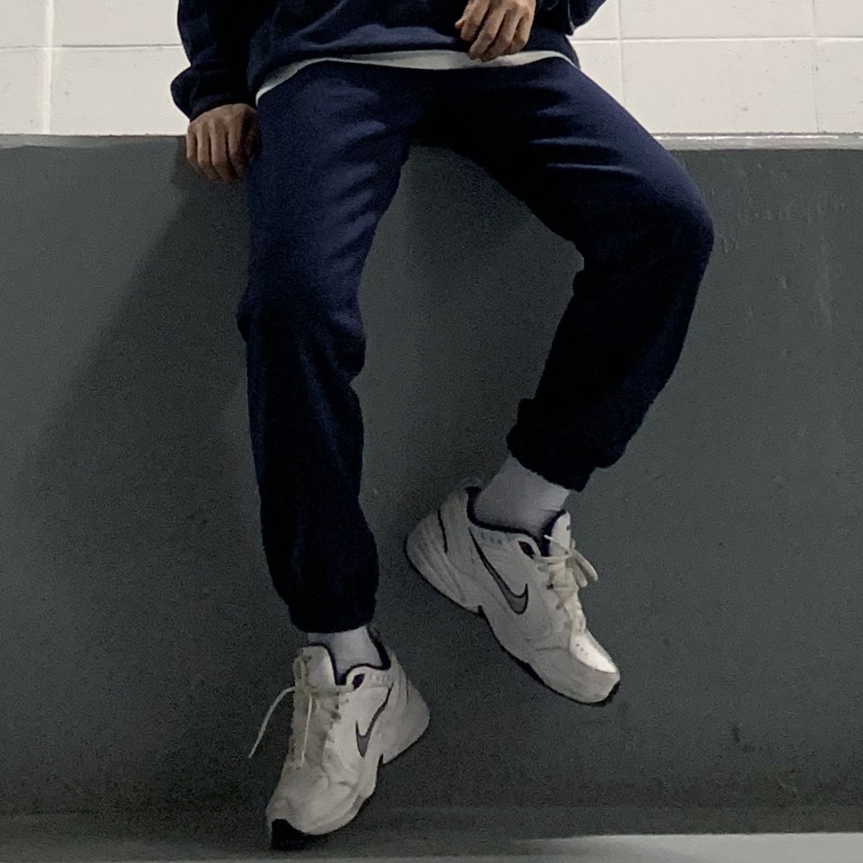 Drop-fit QP Navy Jogger Pants