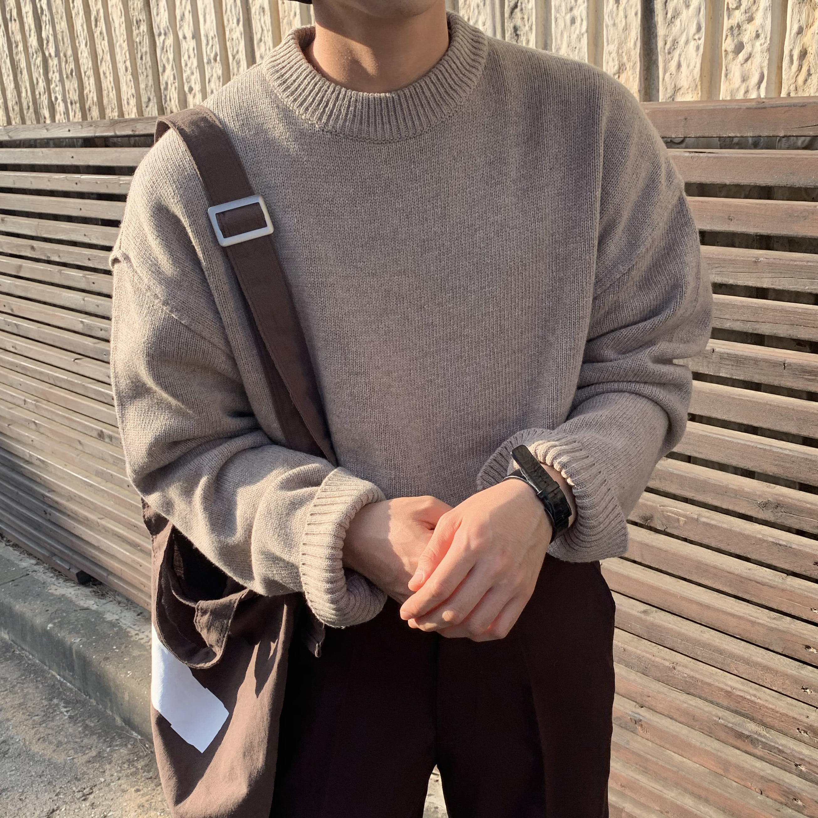 Over-fit NINE Round Knit (beige)