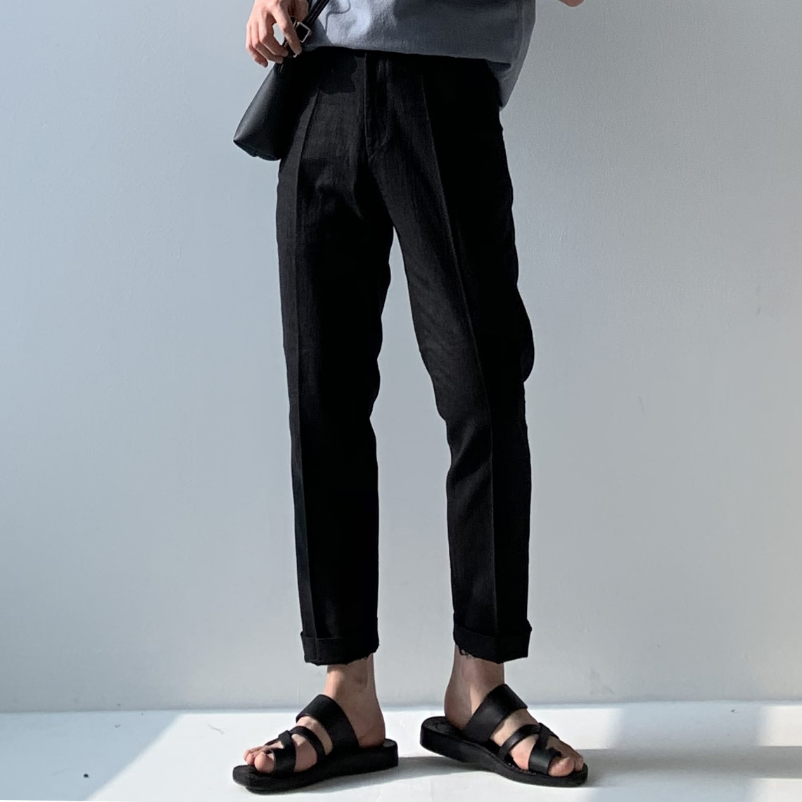 Drop-fit linen black slacks (벨트포함)