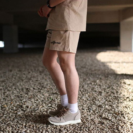 Over-fit CLUE BEIGE 1/2 Pants