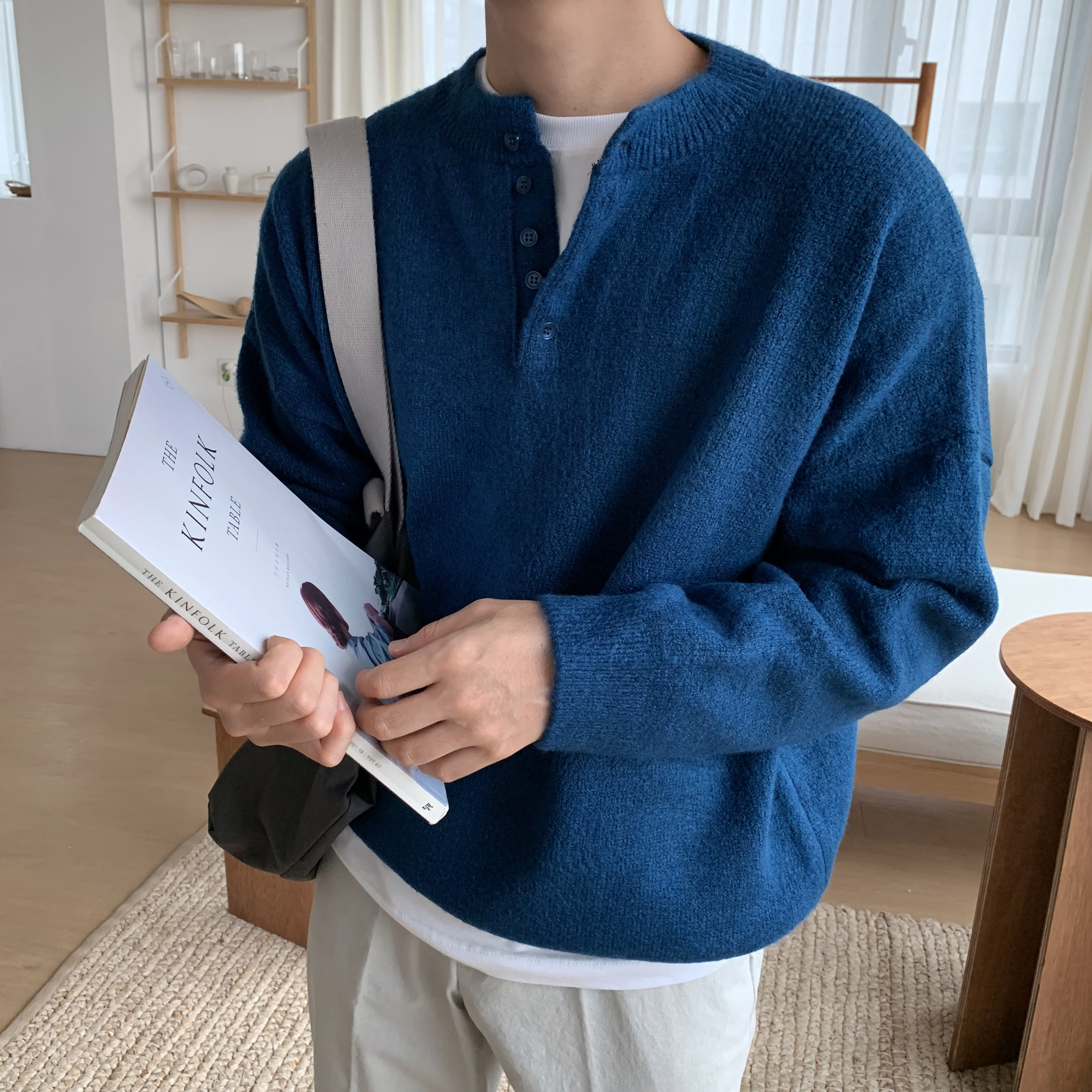 Over-fit Henly neck Knit (Blue)